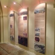 Reklamní potištěné rámy na zeď, uchycení pomocí magnetů